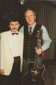 Jiří Brabec a George Hamilton IV. v hotelu Forum Praha v Nashville Forum Clubu